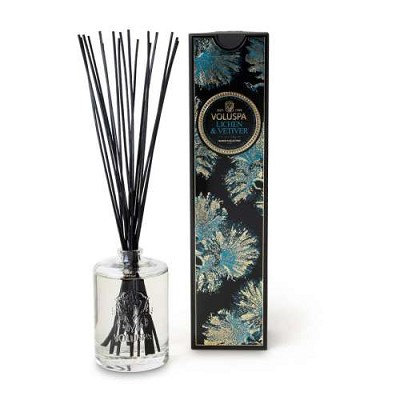 Voluspa Lichen & Vetiver diffuser in embossed glass