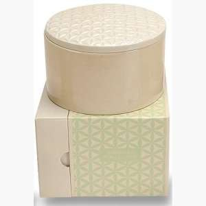 Voluspa Basics Three Wick Candle-Hawaiian Maile Vine