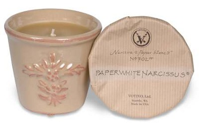 Votivo Paperwhite Narcissus candle-terracotta jar